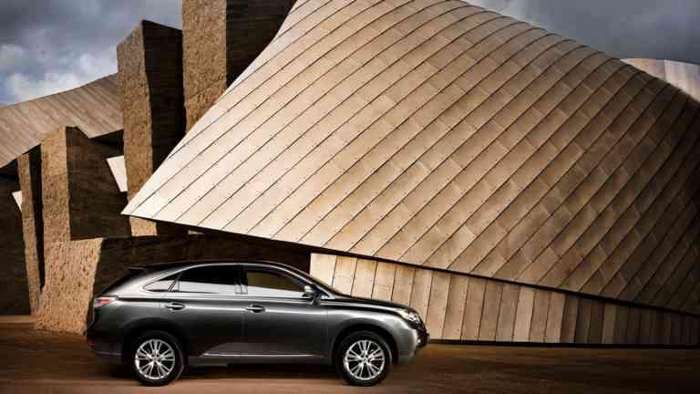 Sales Promotion Automotive Lexus