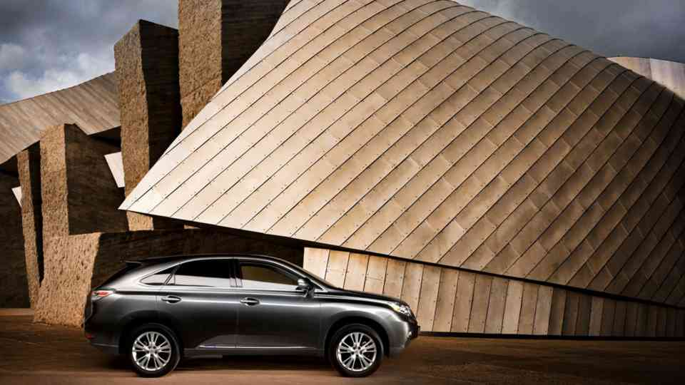 Sales Promotion Automotive Lexus